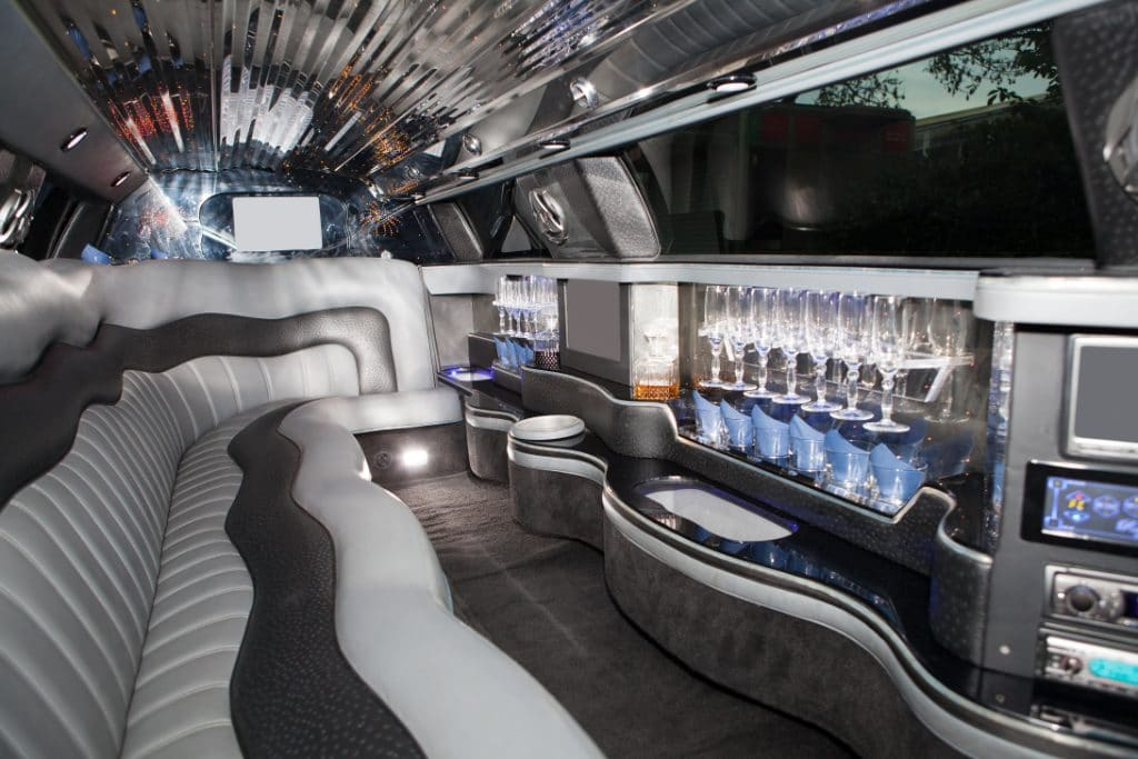 for-group-meetings-and-get-aways-limousine-sprinter-is-all-you-need
